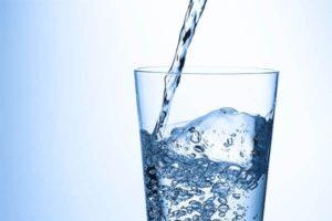 水溶性珪素水はすごい!肌荒れにも便秘にも骨粗にも良い!